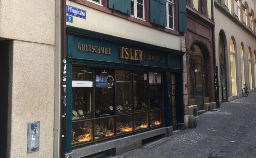 Gleich zwei Überfälle auf Bijouterien in Basel
